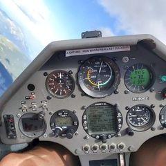 Flugwegposition um 12:20:01: Aufgenommen in der Nähe von Innsbruck, Österreich in 559 Meter