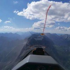 Flugwegposition um 14:28:04: Aufgenommen in der Nähe von Gemeinde Vomp, Österreich in 2800 Meter