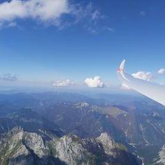 Flugwegposition um 14:35:39: Aufgenommen in der Nähe von Gemeinde Vomp, Österreich in 3223 Meter