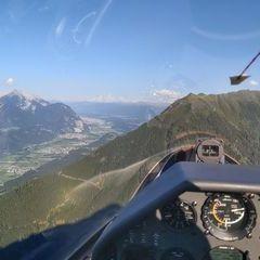 Flugwegposition um 16:15:45: Aufgenommen in der Nähe von Gemeinde Oberhofen im Inntal, Oberhofen im Inntal, Österreich in 1907 Meter