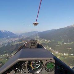 Flugwegposition um 16:24:50: Aufgenommen in der Nähe von Gemeinde Mutters, Österreich in 1422 Meter