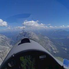 Flugwegposition um 11:20:44: Aufgenommen in der Nähe von Gemeinde Ehrwald, Ehrwald, Österreich in 2904 Meter