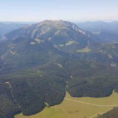 Flugwegposition um 13:06:27: Aufgenommen in der Nähe von Gemeinde Bürg-Vöstenhof, 2630, Österreich in 2132 Meter