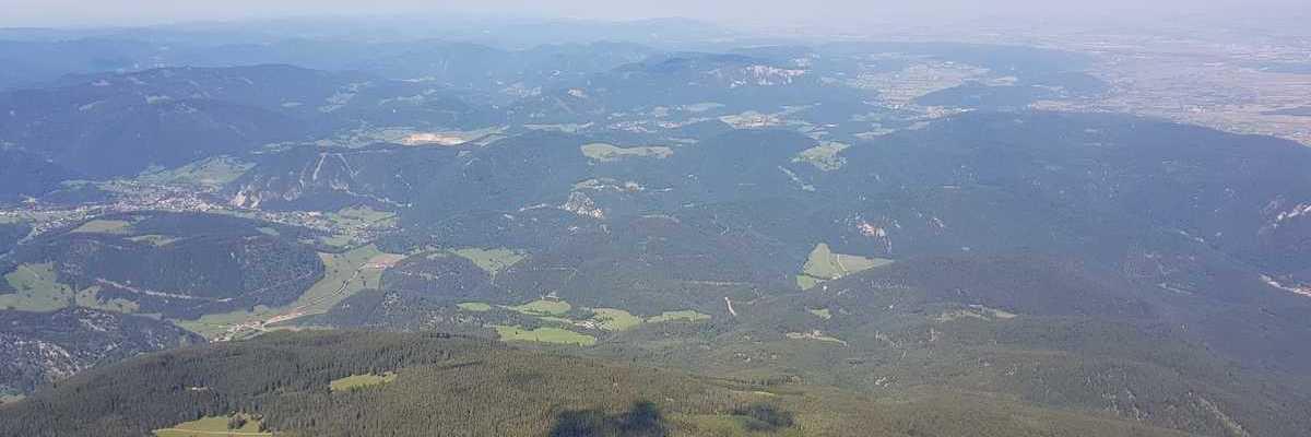 Flugwegposition um 13:06:19: Aufgenommen in der Nähe von Gemeinde Bürg-Vöstenhof, 2630, Österreich in 2104 Meter