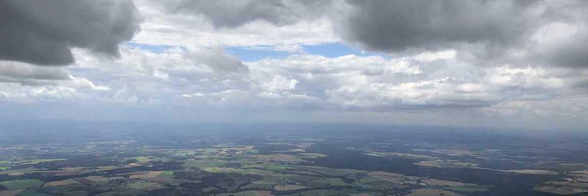 Flugwegposition um 13:13:02: Aufgenommen in der Nähe von Okres Havlíčkův Brod, Tschechien in 1604 Meter