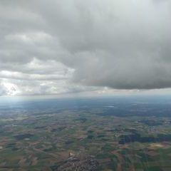 Flugwegposition um 12:02:45: Aufgenommen in der Nähe von Neumarkt in der Oberpfalz, Deutschland in 1927 Meter
