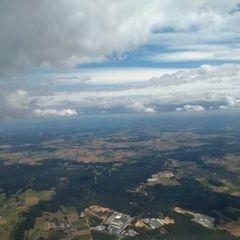 Flugwegposition um 12:02:43: Aufgenommen in der Nähe von Neumarkt in der Oberpfalz, Deutschland in 1927 Meter