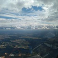 Flugwegposition um 12:02:32: Aufgenommen in der Nähe von Neumarkt in der Oberpfalz, Deutschland in 1933 Meter