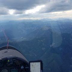 Flugwegposition um 14:41:16: Aufgenommen in der Nähe von Gemeinde Thörl, Österreich in 2361 Meter