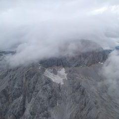 Flugwegposition um 13:19:28: Aufgenommen in der Nähe von Gemeinde Ramsau am Dachstein, 8972, Österreich in 2921 Meter