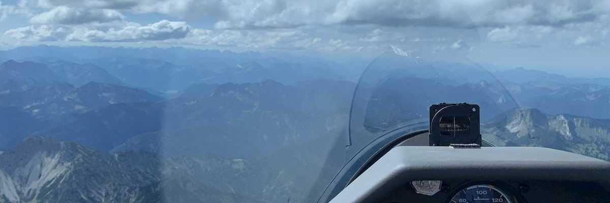 Verortung via Georeferenzierung der Kamera: Aufgenommen in der Nähe von Miesbach, Deutschland in 2500 Meter