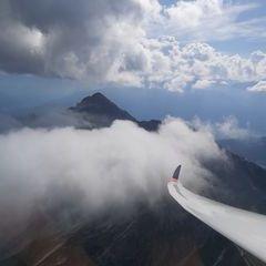Flugwegposition um 13:34:42: Aufgenommen in der Nähe von Gemeinde Seefeld in Tirol, Seefeld in Tirol, Österreich in 2297 Meter