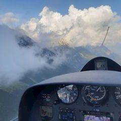 Flugwegposition um 15:17:37: Aufgenommen in der Nähe von Innsbruck, Österreich in 1909 Meter