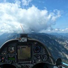 Flugwegposition um 10:29:36: Aufgenommen in der Nähe von Gemeinde Reichenau an der Rax, Österreich in 1521 Meter