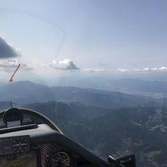 Flugwegposition um 12:55:50: Aufgenommen in der Nähe von Gemeinde Stanz im Mürztal, Österreich in 2026 Meter