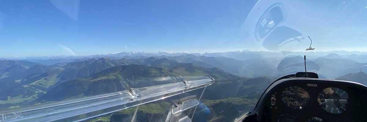 Verortung via Georeferenzierung der Kamera: Aufgenommen in der Nähe von Gemeinde St. Johann in Tirol, St. Johann in Tirol, Österreich in 700 Meter