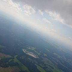 Flugwegposition um 12:44:33: Aufgenommen in der Nähe von Okres Jihlava, Tschechien in 1568 Meter