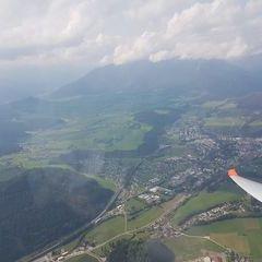 Flugwegposition um 11:26:16: Aufgenommen in der Nähe von Gemeinde St. Peter-Freienstein, Österreich in 1519 Meter