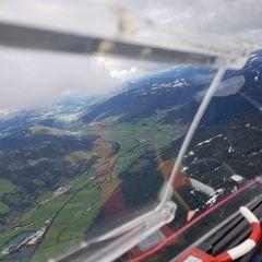 Flugwegposition um 13:35:04: Aufgenommen in der Nähe von Gemeinde St. Michael im Lungau, 5582, Österreich in 2324 Meter