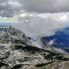 Flugwegposition um 13:36:35: Aufgenommen in der Nähe von Gemeinde Reichenau an der Rax, Österreich in 2215 Meter