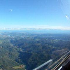 Flugwegposition um 14:23:50: Aufgenommen in der Nähe von Gemeinde Senftenberg, Österreich in 1565 Meter