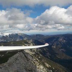 Flugwegposition um 09:57:31: Aufgenommen in der Nähe von Gemeinde Puchberg am Schneeberg, Österreich in 1587 Meter