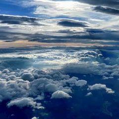 Flugwegposition um 15:10:29: Aufgenommen in der Nähe von Gemeinde Feistritz am Wechsel, Österreich in 3703 Meter