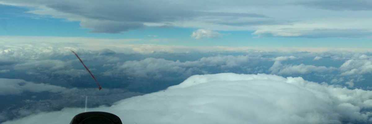 Flugwegposition um 07:57:47: Aufgenommen in der Nähe von Gemeinde Gosau, Österreich in 5310 Meter