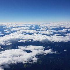 Flugwegposition um 10:55:37: Aufgenommen in der Nähe von Kapellen, Österreich in 6058 Meter