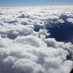Flugwegposition um 13:12:13: Aufgenommen in der Nähe von Gemeinde Schwarzau im Gebirge, Österreich in 4893 Meter