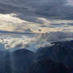 Flugwegposition um 14:56:36: Aufgenommen in der Nähe von Gemeinde Puchberg am Schneeberg, Österreich in 2415 Meter