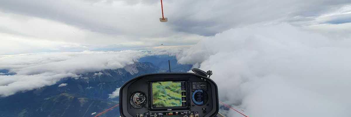 Flugwegposition um 12:58:08: Aufgenommen in der Nähe von Gemeinde Puchberg am Schneeberg, Österreich in 2814 Meter