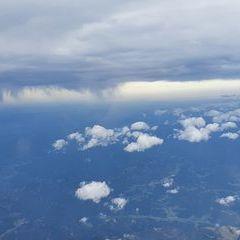 Flugwegposition um 12:14:15: Aufgenommen in der Nähe von Mürzsteg, Österreich in 5590 Meter