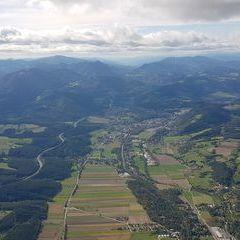 Verortung via Georeferenzierung der Kamera: Aufgenommen in der Nähe von Gemeinde Grafenbach-Sankt Valentin, Österreich in 1800 Meter