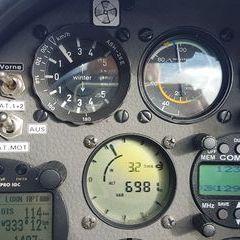 Flugwegposition um 13:01:49: Aufgenommen in der Nähe von Gemeinde Mautern in der Steiermark, 8774, Österreich in 2033 Meter