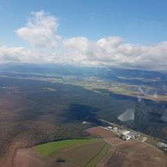 Verortung via Georeferenzierung der Kamera: Aufgenommen in der Nähe von Wiener Neustadt, Österreich in 1100 Meter