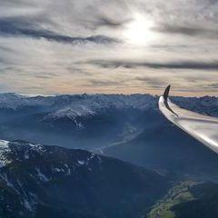 Flugwegposition um 14:24:22: Aufgenommen in der Nähe von Gemeinde Navis, Navis, Österreich in 2865 Meter