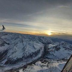 Flugwegposition um 15:56:44: Aufgenommen in der Nähe von Gemeinde Flaurling, Österreich in 3195 Meter