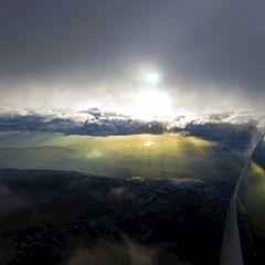 Flugwegposition um 15:11:28: Aufgenommen in der Nähe von Gemeinde Mooskirchen, Österreich in 4567 Meter