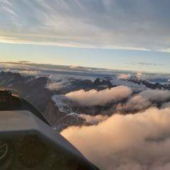 Flugwegposition um 16:00:42: Aufgenommen in der Nähe von Gemeinde Telfs, Telfs, Österreich in 2887 Meter
