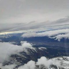 Flugwegposition um 14:27:17: Aufgenommen in der Nähe von Gemeinde Wattenberg, Österreich in 4337 Meter