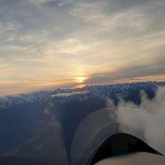 Flugwegposition um 14:49:48: Aufgenommen in der Nähe von Innsbruck, Österreich in 2398 Meter