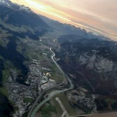 Flugwegposition um 15:12:16: Aufgenommen in der Nähe von Gemeinde Navis, Navis, Österreich in 2843 Meter