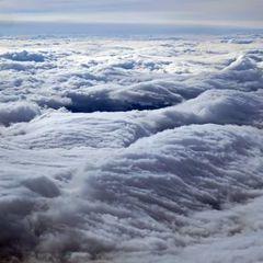 Flugwegposition um 12:55:47: Aufgenommen in der Nähe von St. Wolfgang-Kienberg, 8742, Österreich in 5697 Meter