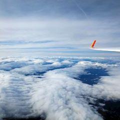 Flugwegposition um 12:59:02: Aufgenommen in der Nähe von Reisstraße, 8741, Österreich in 5587 Meter