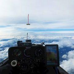 Flugwegposition um 13:21:10: Aufgenommen in der Nähe von Garanas, Österreich in 5585 Meter