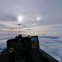 Flugwegposition um 13:56:18: Aufgenommen in der Nähe von Hirschegg, 8584, Österreich in 5519 Meter