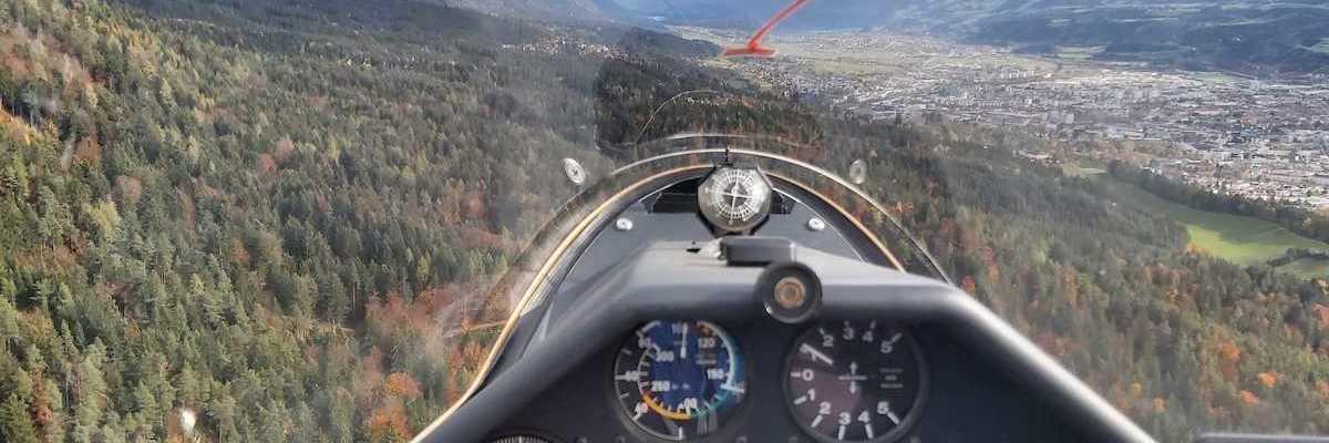 Flugwegposition um 10:16:32: Aufgenommen in der Nähe von Innsbruck, Österreich in 1064 Meter