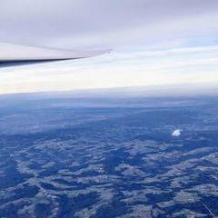 Flugwegposition um 13:48:31: Aufgenommen in der Nähe von Gemeinde Aspangberg-Sankt Peter, Österreich in 4617 Meter