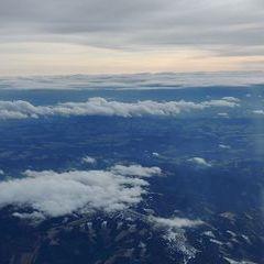 Flugwegposition um 13:43:14: Aufgenommen in der Nähe von Gemeinde Kirchberg am Wechsel, Österreich in 4465 Meter